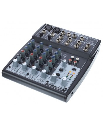Behringer Xenyx 802 mixer analog audio
